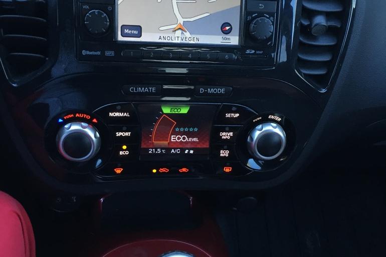 Billig leie av Nissan Juke med CD-spiller nærheten av 0655 Oslo.