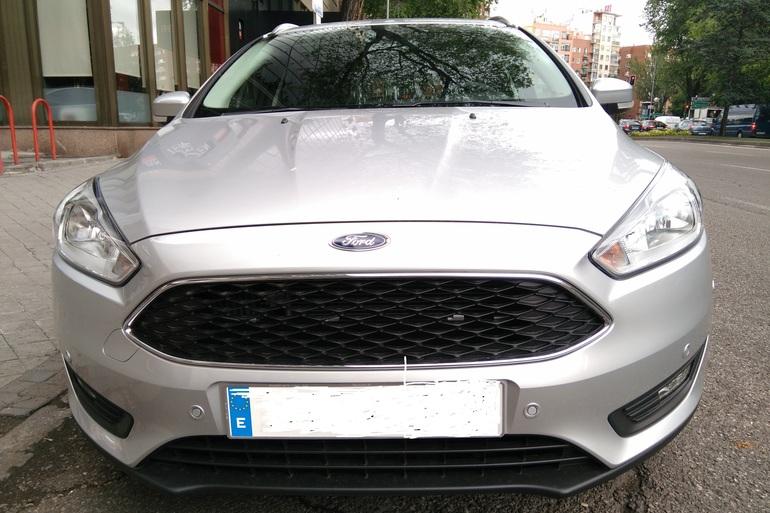 Alquiler barato de Ford Focus 1.5 Tdci 120 Trend+ con equipamiento Fijaciones Isofix cerca de 28012 Madrid.