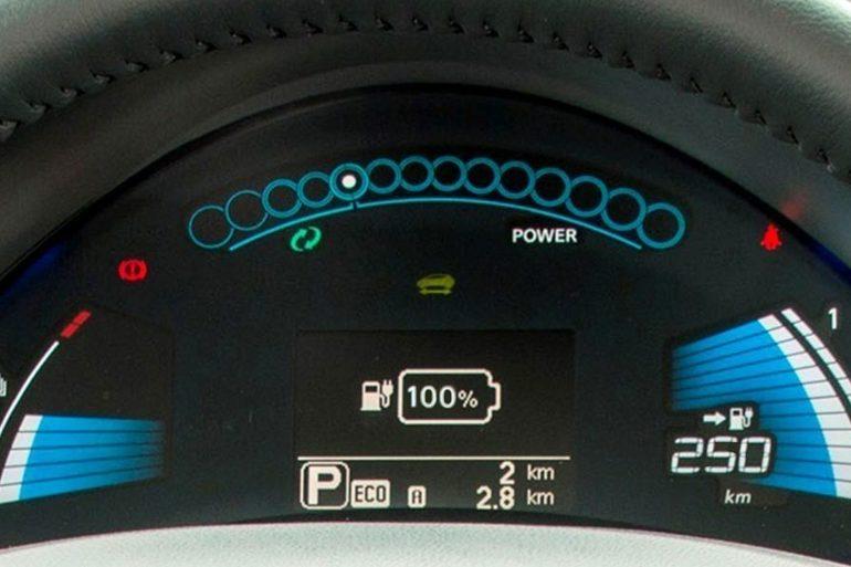Billig leie av  Nissan Leaf  (2016Modell) - 30 kWh/250 km Rekkevidde  med Isofix-beslag nærheten av 1253 Oslo.