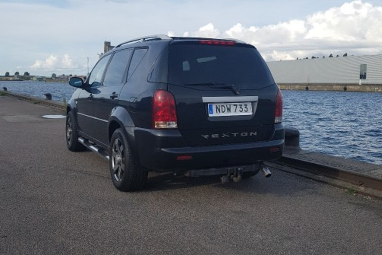 Billig biluthyrning av REXTON FREEDOM  i närheten av 212 19 Malmö.