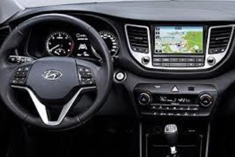 Alquiler barato de Hyundai Tucson 1.7crdi Bd Klass Nav 4x2 cerca de 28031 Madrid.