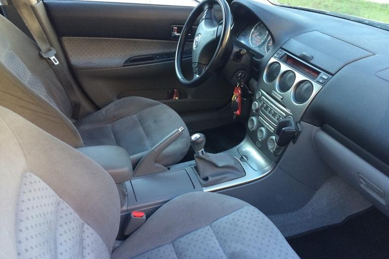 Billig billeje af Mazda 6 med CD afspiller nær 2100 København.
