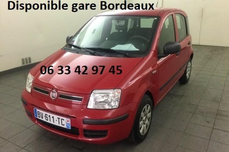 Location économique de voiture de Fiat Panda avec Lecteur de CD proche de 33800 Bordeaux.