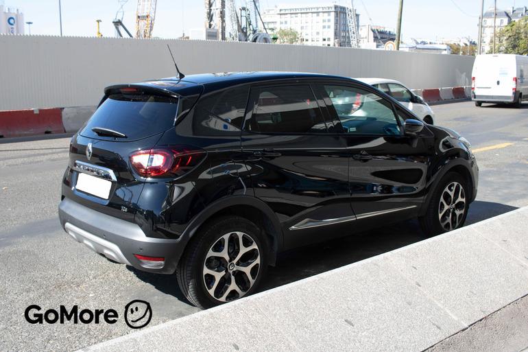 Location économique de voiture de Renault Captur avec Entrée AUX/MP3 proche de 75012 Paris-12E-Arrondissement.