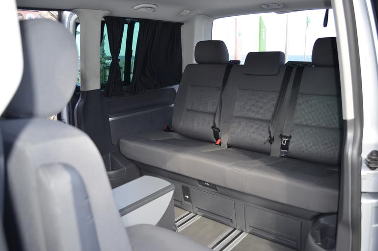 Alquiler barato de Volkswagen Multivan 2.5tdi 174 Tiptr Comfortl con equipamiento Control de velocidad cerca de 08012 Barcelona.