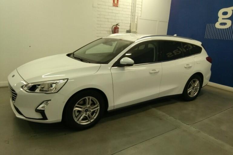 Alquiler barato de Ford Focus 1.5 Tdci 120 Trend+ cerca de 28045 Madrid.