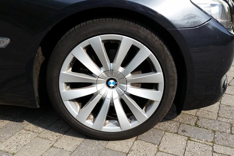 Billig billeje af BMW 730D F01 med Aircondition nær 5230 Odense.